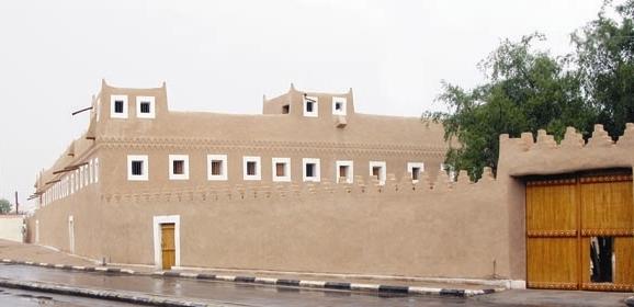 قصر عنيزة الأثري
